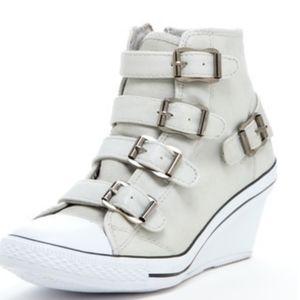 BUCCO Angel light gray wedge sneakers